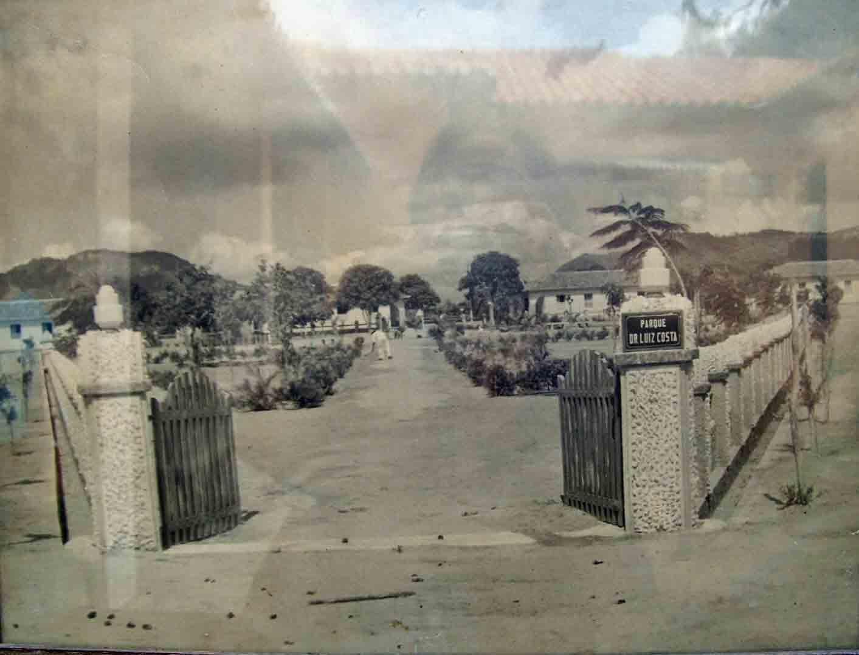 Entrance to the Colony Antonio Justa