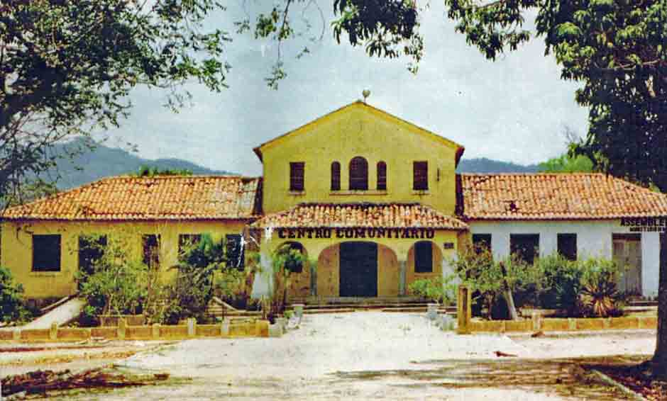 The Community Centre of Colony Antonio Justa, now transformed into a church