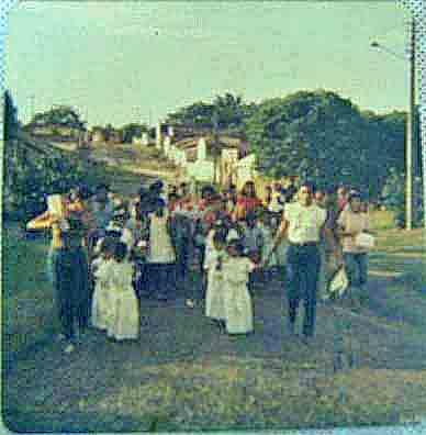 A procession in the colony of Bomfim