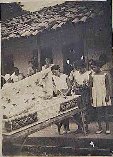 Funeral in the colony of Bomfim