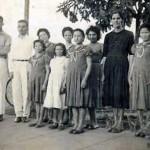 People in the Colônia Santa Marta, Goiás